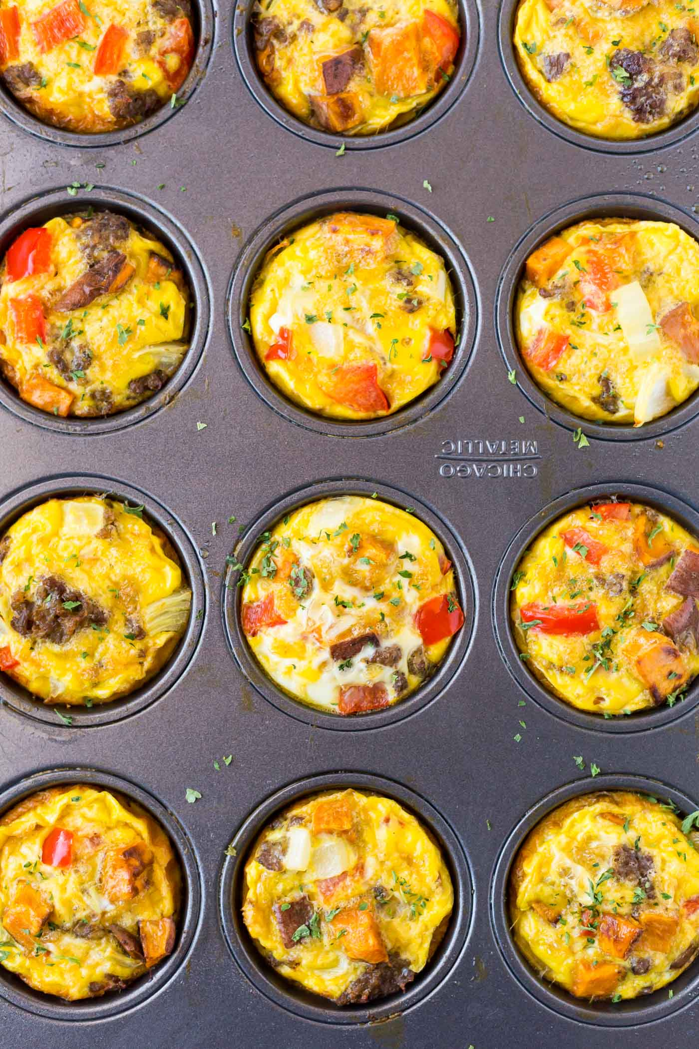 baked egg breakfast muffins in muffin tin