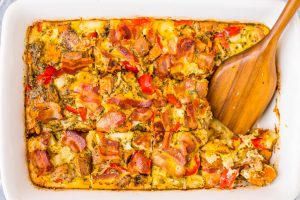Paleo Breakfast Casserole with Sweet Potatoes, Bacon, Eggs, and Veggies (Whole30)