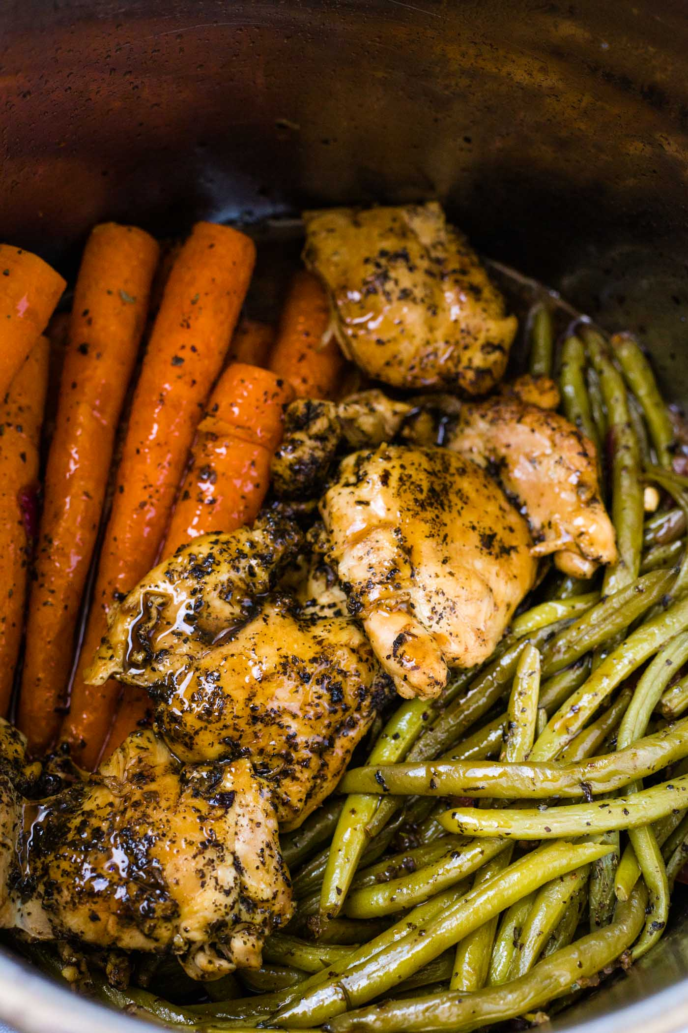 Balsamic carrots, chicken, and green beans in instant pot